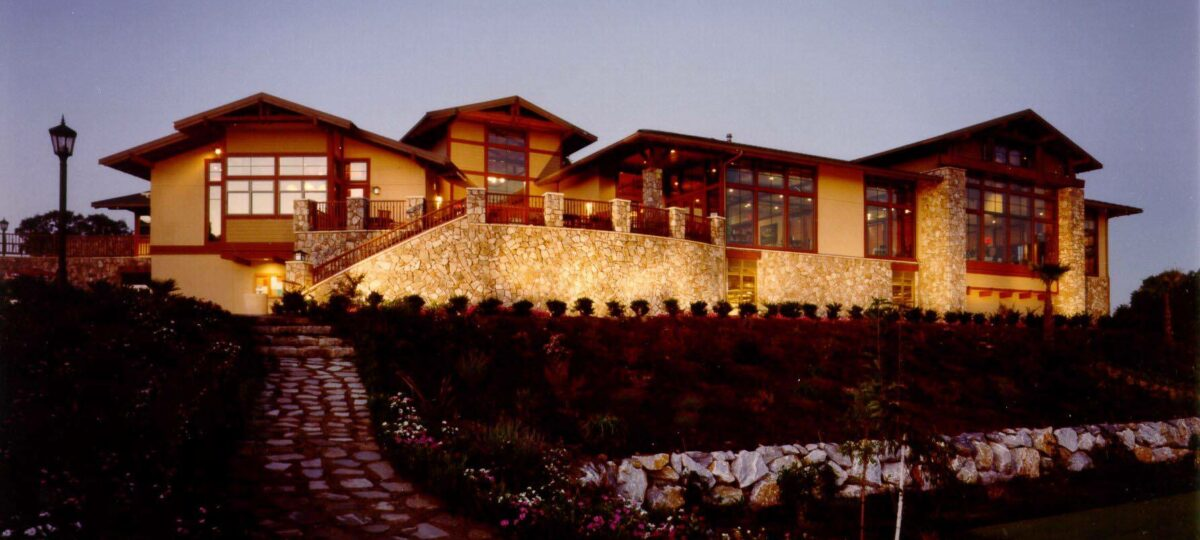 Whitney Oaks Golf Course Clubhouse